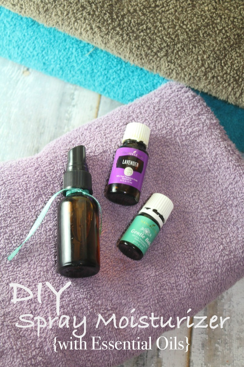 DIY Spray Moisturizer with Essential Oils