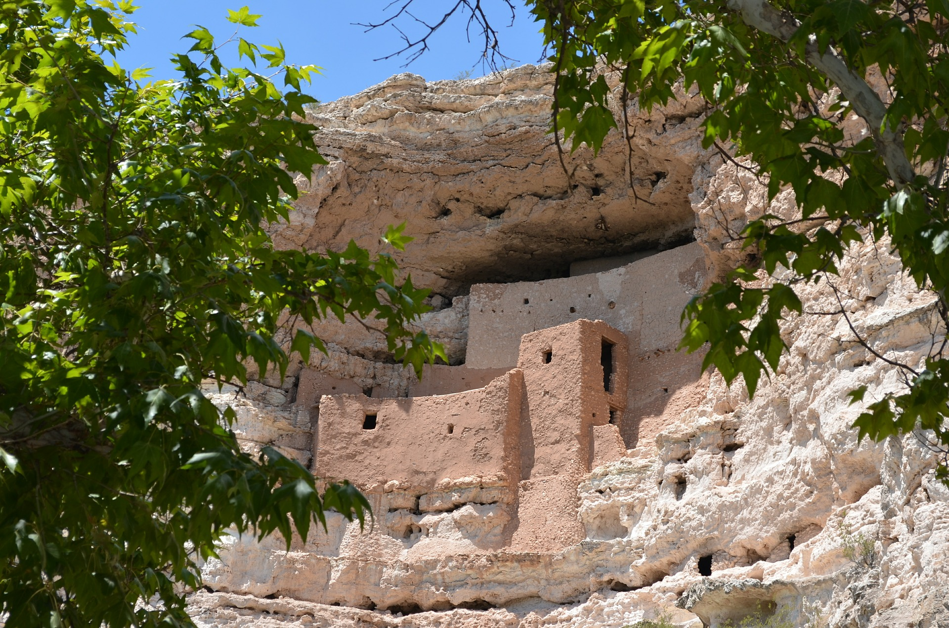 Montezuma's Castle, Camp Verde \\ These 7 Arizona Weekend Road Trips are a great way to get away a day or two and see everything that Arizona has to offer!