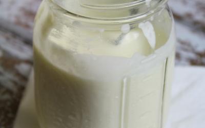How to Make Raw Sour Cream