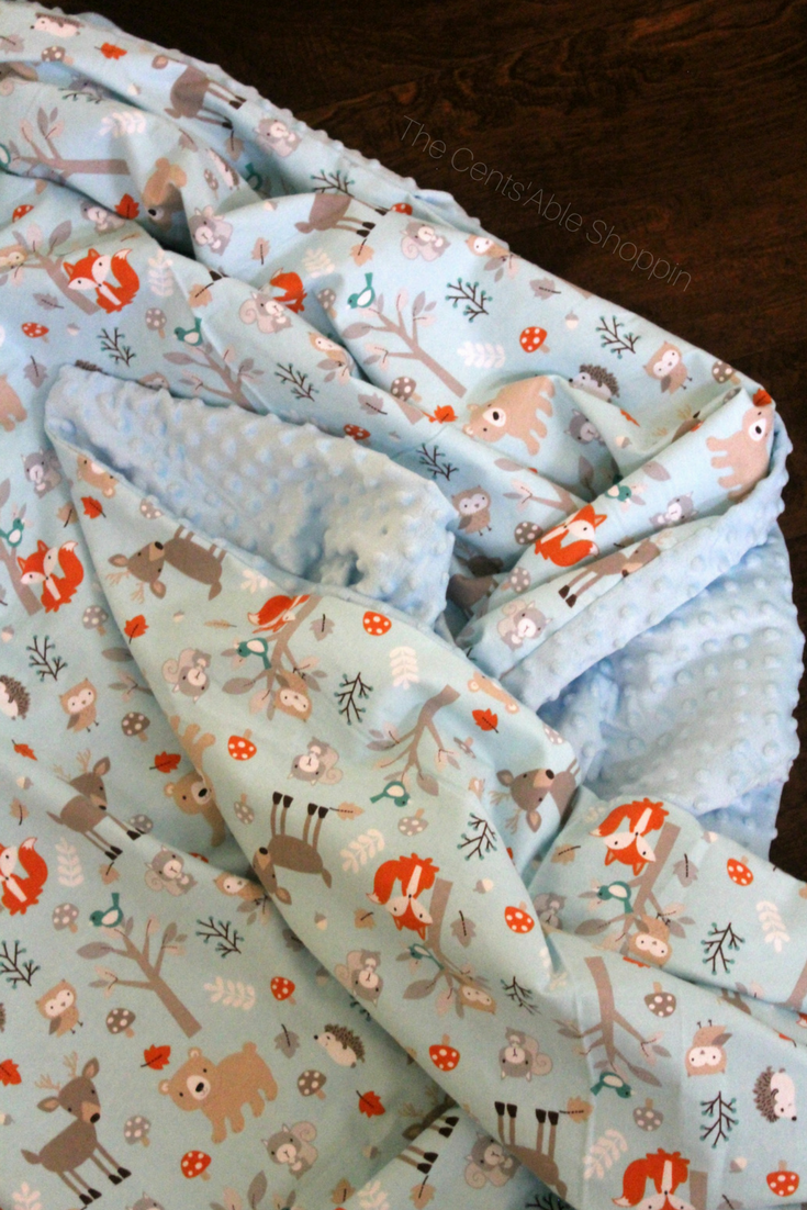 Homemade blankets make the best gifts! Learn how to sew an oversized cuddle throw and gift for family and friends this holiday season!