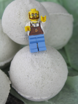 DIY LEGO Bath Bombs