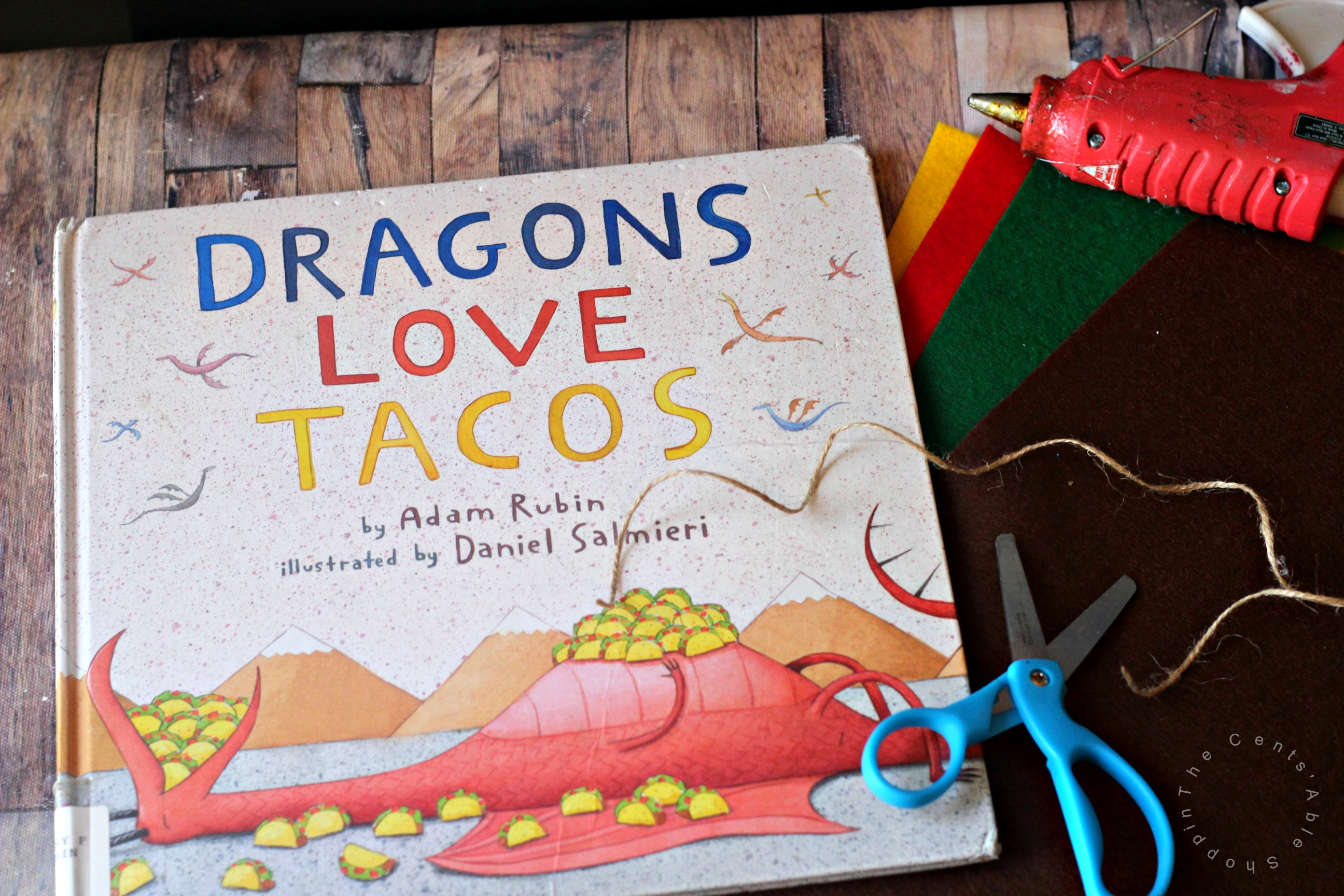 Dragons Love Tacos is a fun book about dragons who love to eat tacos. This Dragons Love Tacos Christmas Ornament is a fun complement to a wonderful story!
