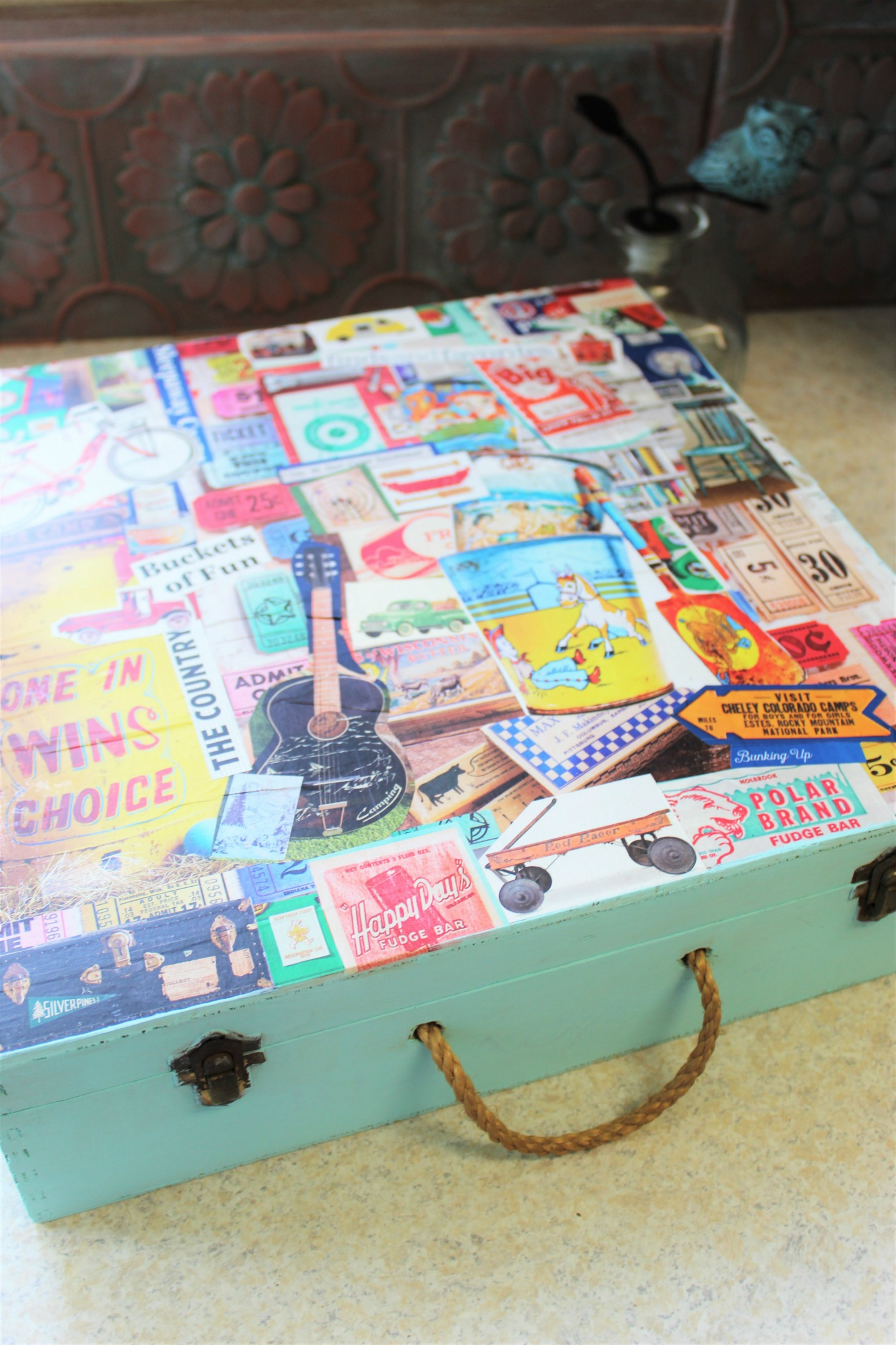Decoupage Wood Box \\ This decoupage wood memory box combines your favorite inspirational art to create a one-of-a-kind keepsake to store vacation memories or momentos.
