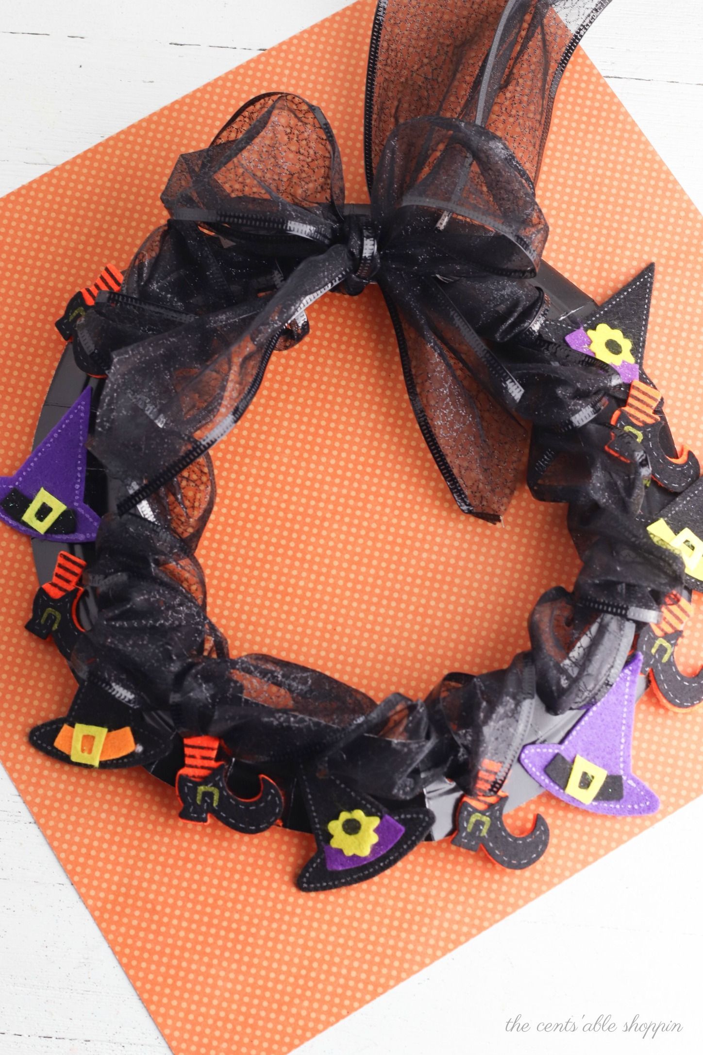 Paper Plate Witch Wreath
